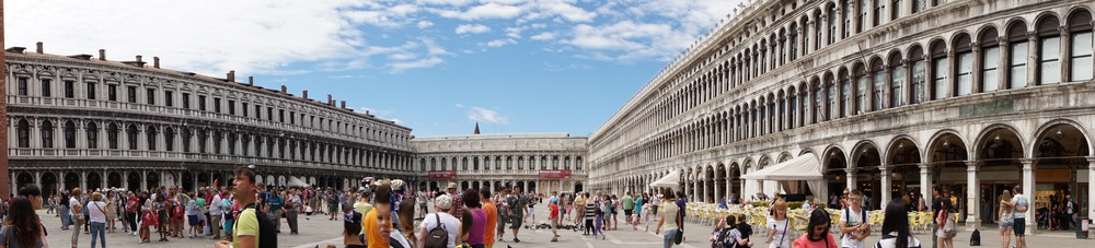 Piazza San Marco Pano.jpg