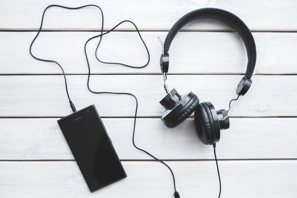 Enjoy our recommendations on coding and programming podcasts