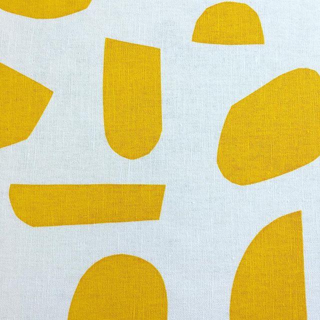 Screen printing on cotton - first colour #screenprinting #textileprint #janekirkpatrickdesigns #fabric #mustard