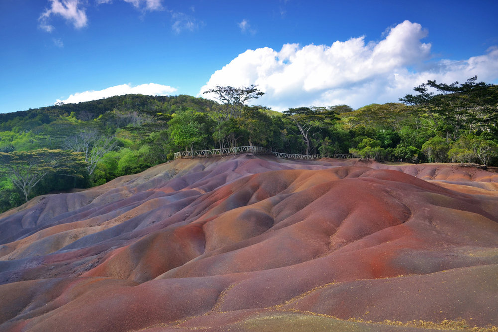 Seven colored earths