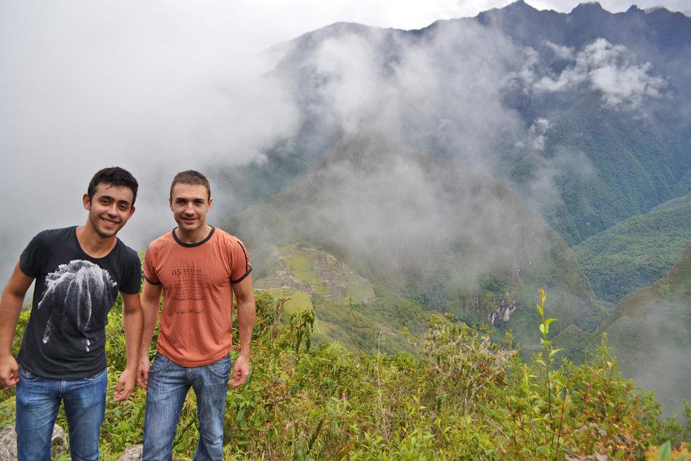 Tracking  up to Machu Picchu mountain