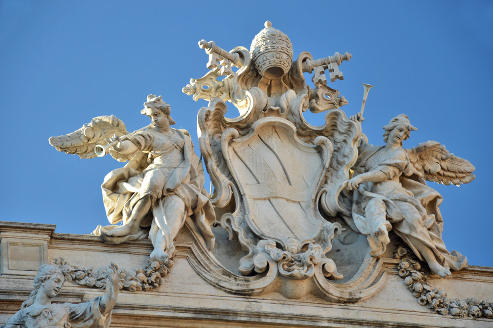 Trevi fountain - details