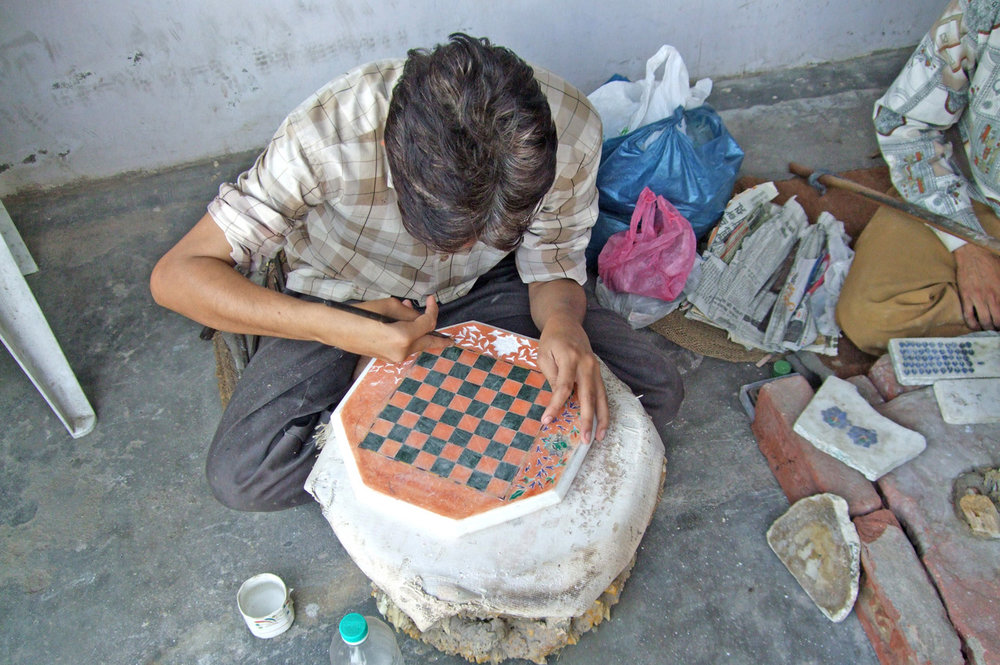 Process of carving in marble - Agra