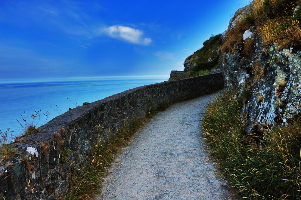 Trail to greystones