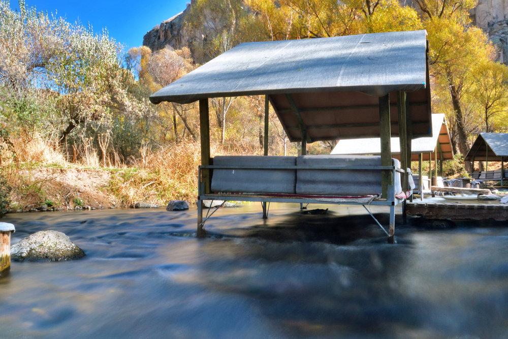The hut on Melendiz River