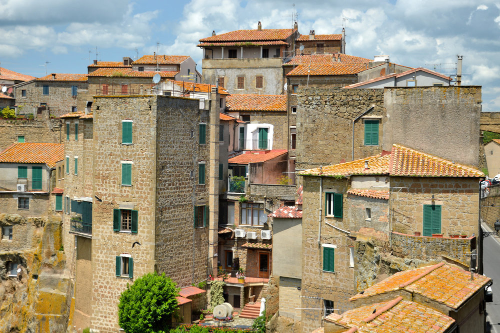 Buildings in Pitigliano
