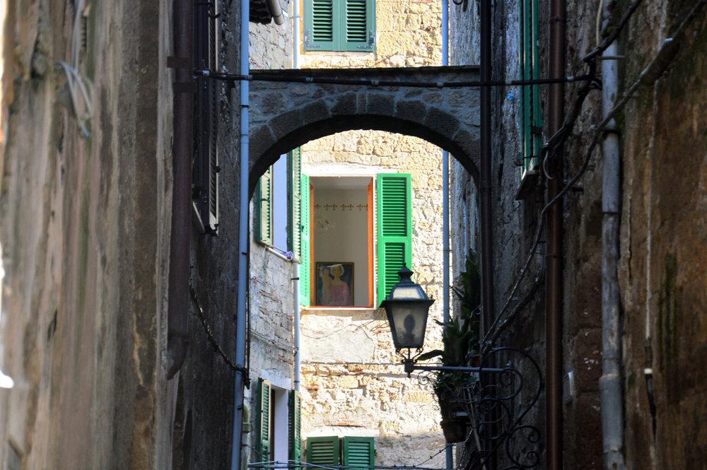 A street in Pitigliano