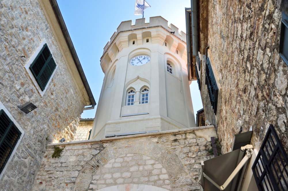 Tower at the gate to the old town