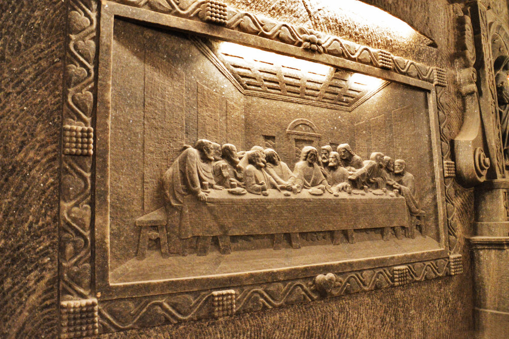 "Leonardo da Vinci's ""Last Supper"" carved in salt"