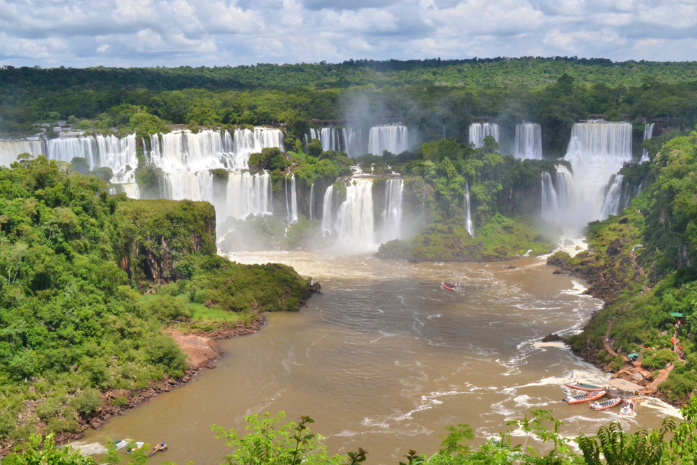 Iguaçu Falls - boats visible on the right