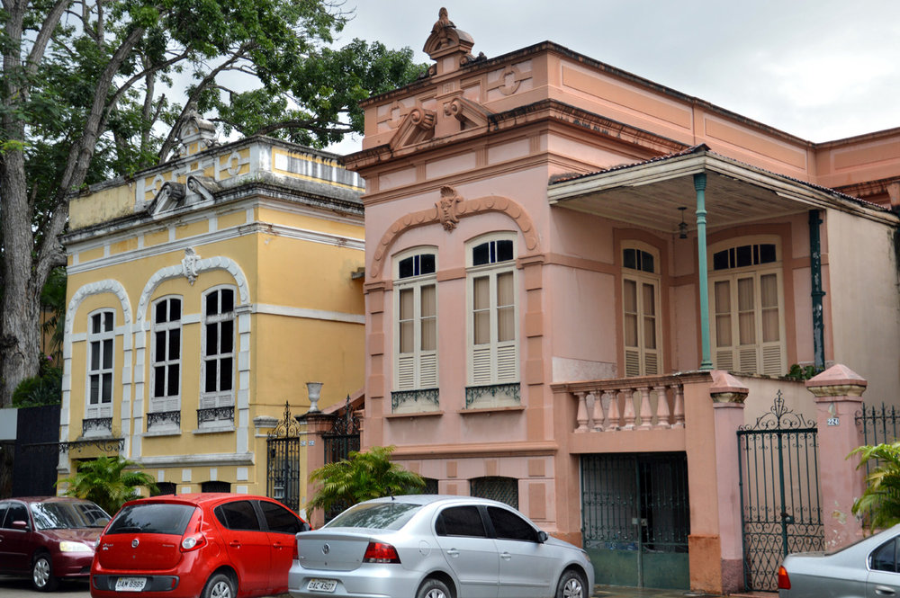 Houses in central Manaus