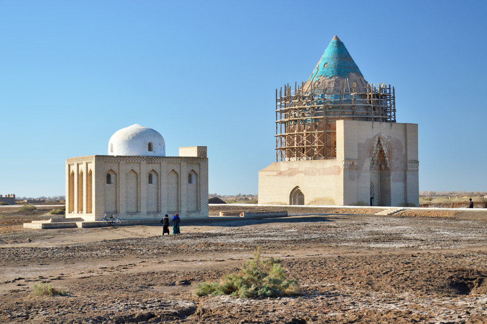 A local mosque and Takesh Mausoleum