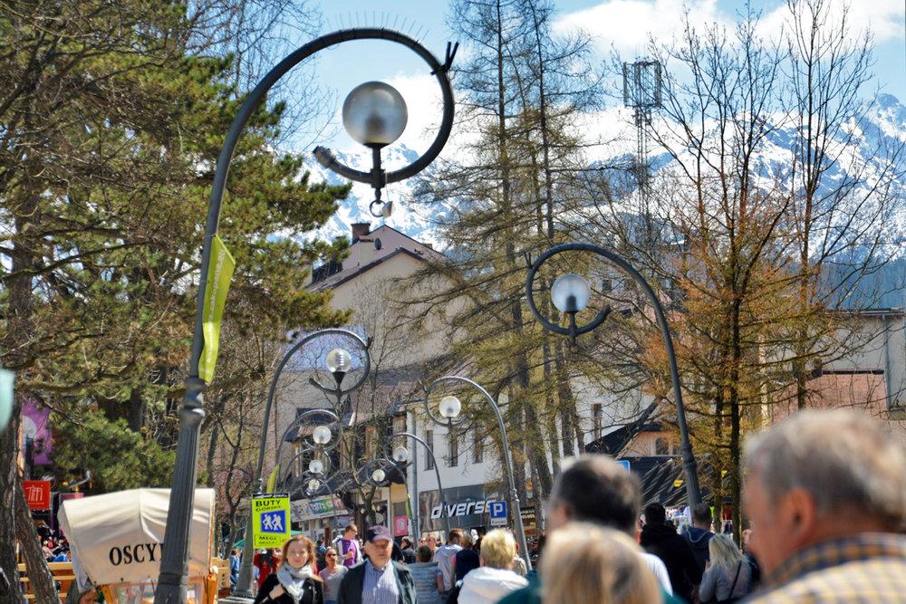 Crowded Krupowki street