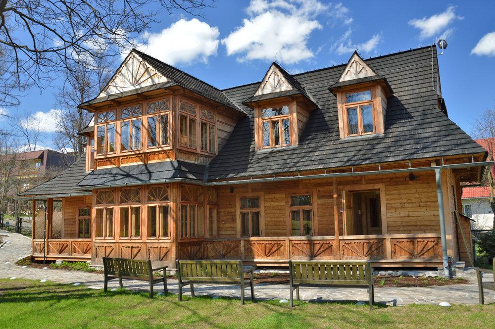 Atma house