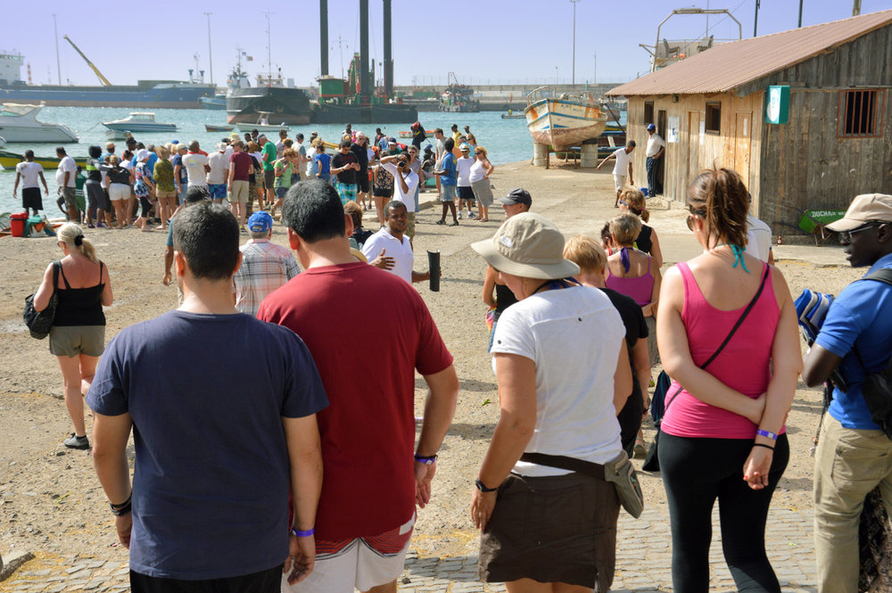 Crowds of tourists at Palmeira