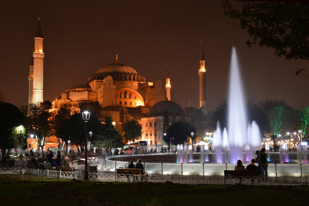 Haga Sophia at night