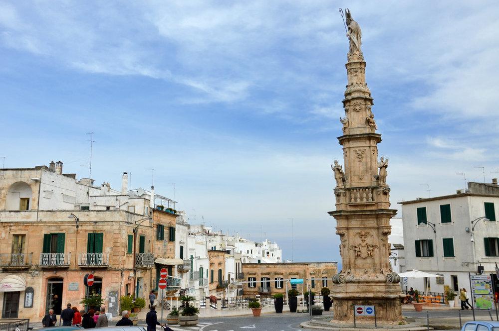 Saint Oronzo's column