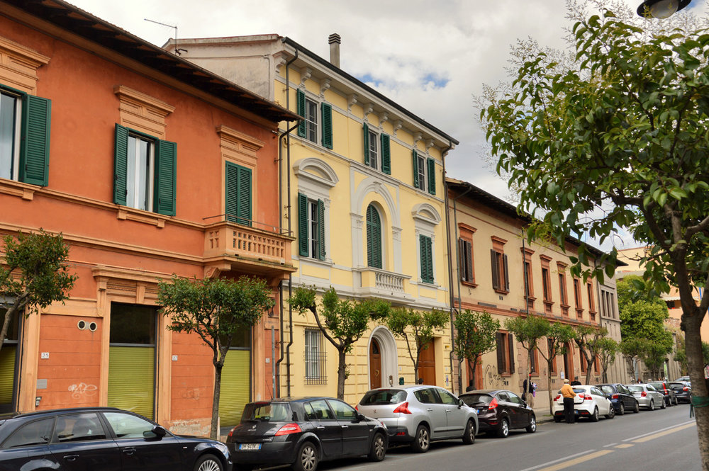 Typical street in Pisa