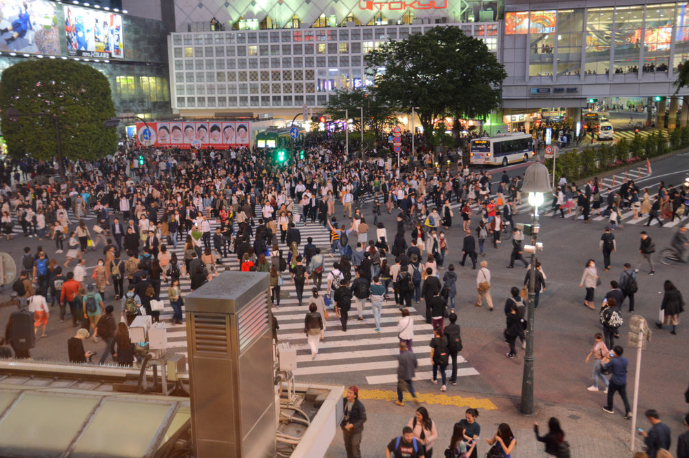 Tokyo - the busiest pedestrian crossing in the world