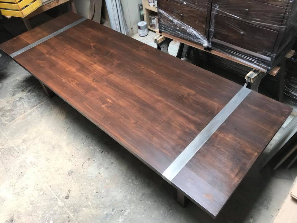 Magnolia Dining Table