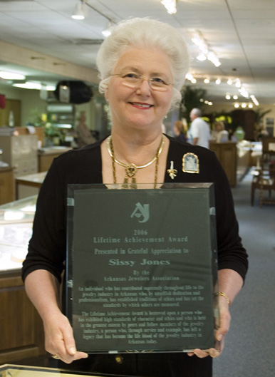 Sissy Jones with Lifetime Award.jpg