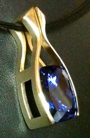 2010 Category III David Holloway Swift's Jewelry