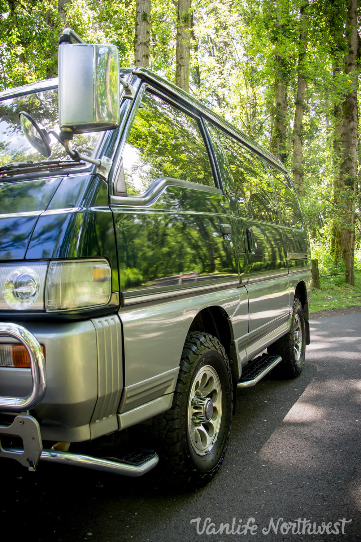 1991MitsubishiDelicaJames68k-9.jpg