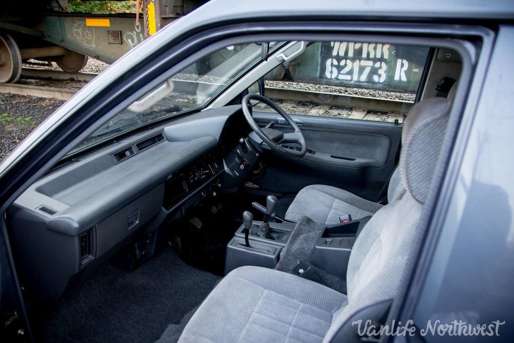 1990ToyotaLiteAceBlueSilverSarah-17.jpg