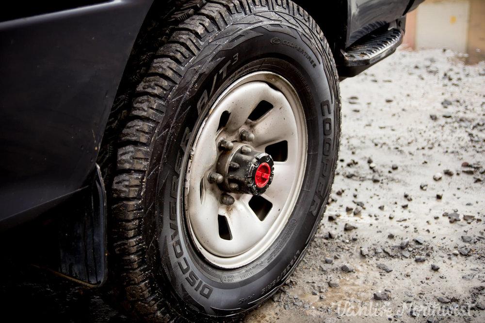 ToyotaHiaceLH119GrantWheeler-12.jpg