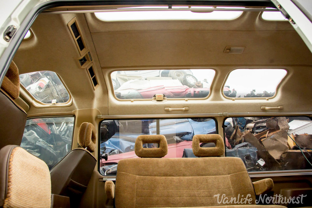 1987ToyotaLiteAce4wdGasolineSkylight-29.jpg