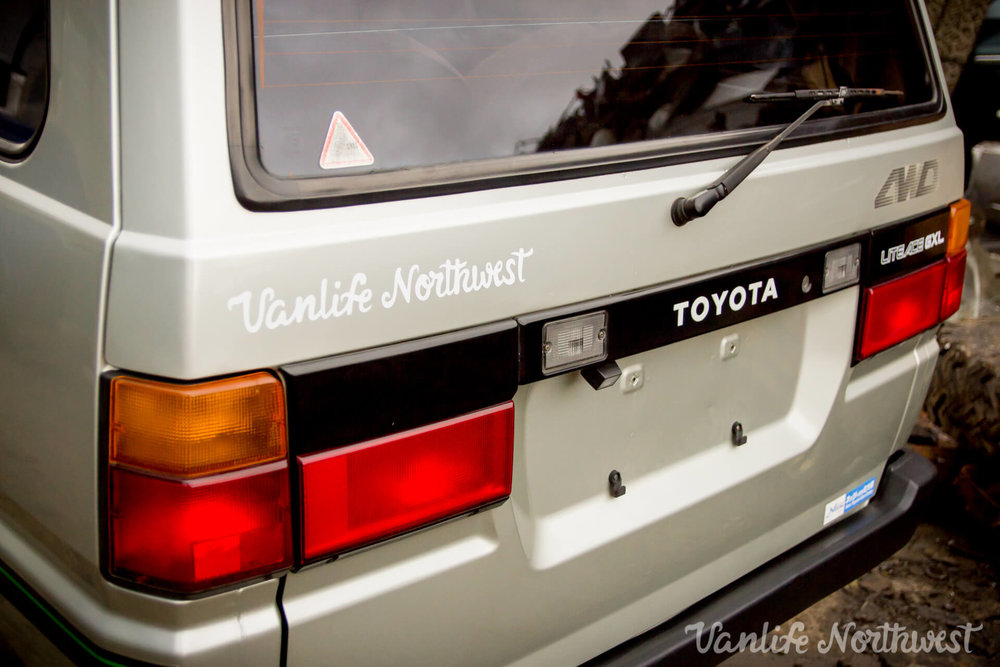 1987ToyotaLiteAce4wdGasolineSkylight-35.jpg