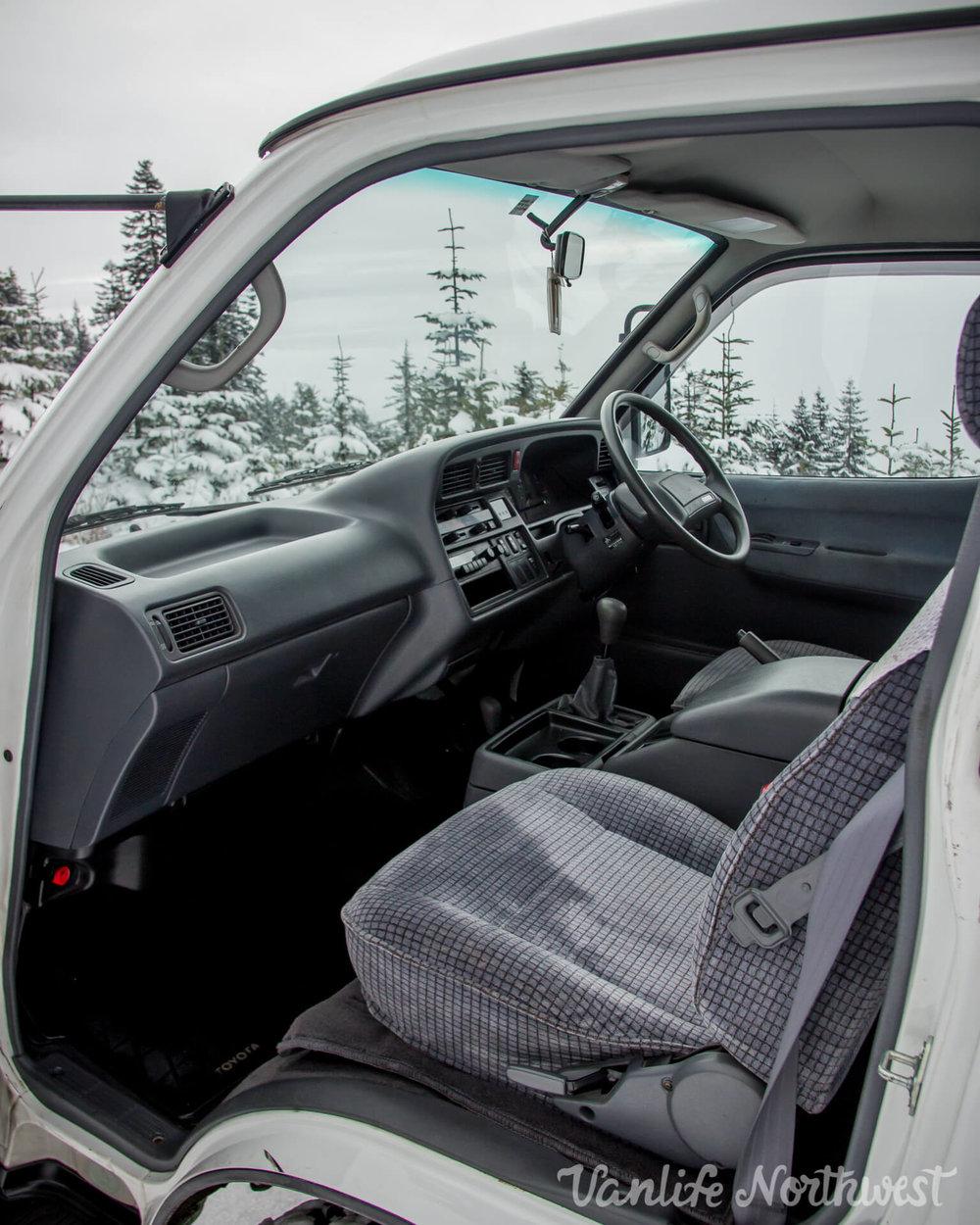 ToyotaHiaceLH119-JoeH-33.jpg