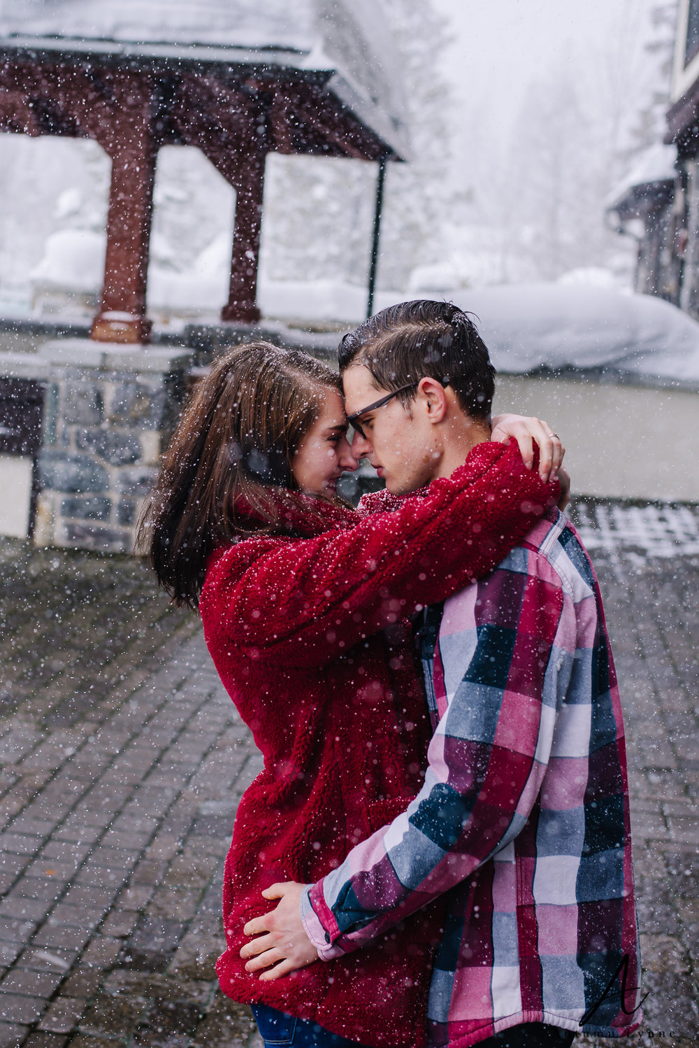 snowy-engagement-session-ideas-idaho-wedding-photographers