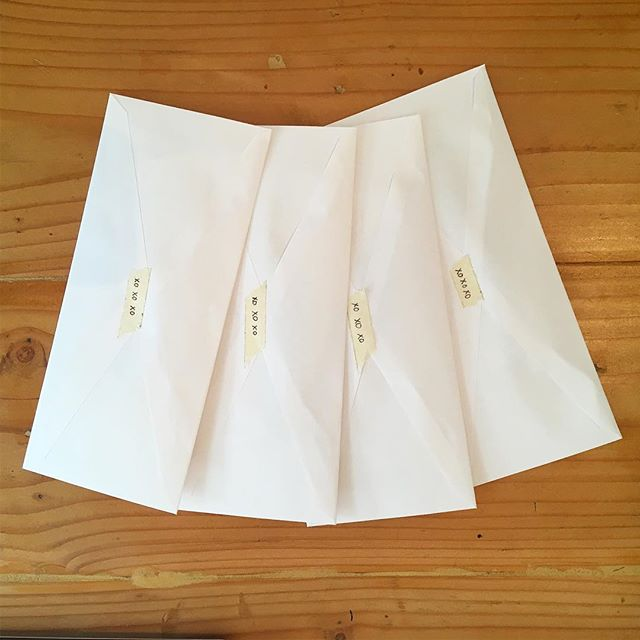 The cutest little envelopes heading out into the world. Inside they have all the tools needed to make #affirmation flags for a beautiful bride. #handwritten #snailmail #xoxo #project #creativewomen #textileart #girltribe #wildwomen #decemberwedding #womenwhocreate #smallthings #finishingtouches  #bridalparty #bridalpartygoals #womenwhohustle #facilitatewedding