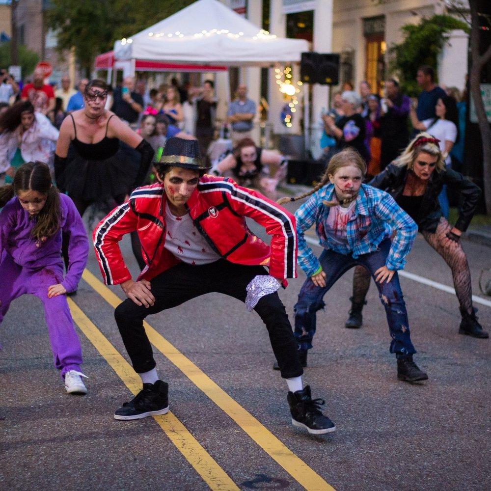 Thriller at the 2017 Fall for Art Festival