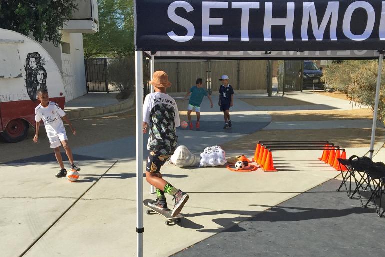 sethmode_soccer_crafting-community_03.jpg