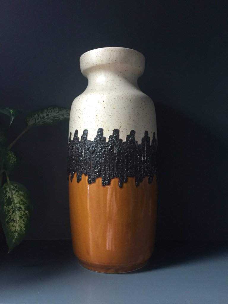 Vintage-Retro-Midcentury-Scheurich-West-German-Pottery-Mustard-Ceramic-Vase_1_1024x1024.jpg