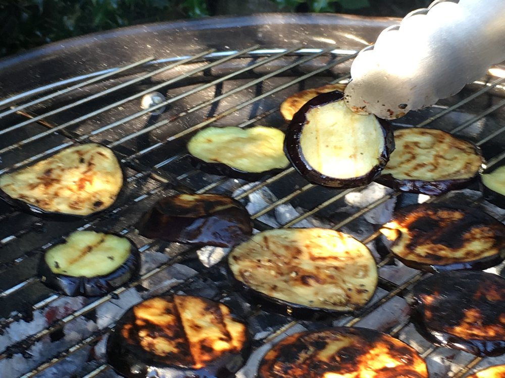 Low-FODMAP Barbecued Aubergine and Feta Salad 1