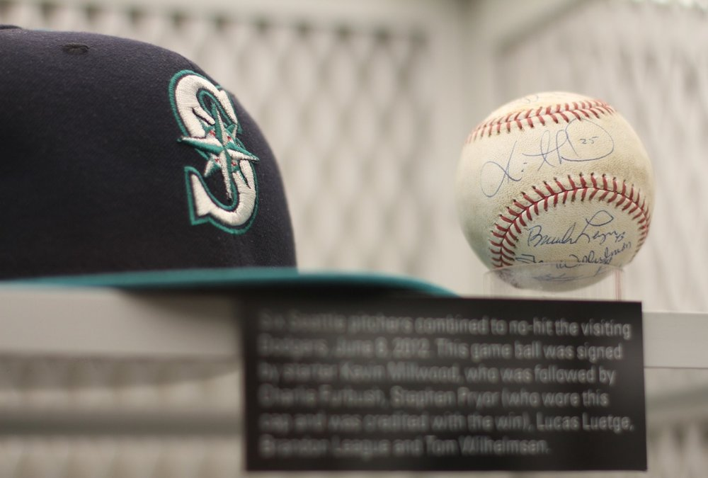 Ball signed by the 6 Mariners pitchers who threw a combined no-hitter in 2012.