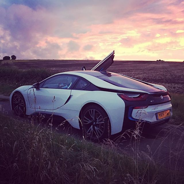 Dat ass tho! #bmw #i8 genuinely love this thing.