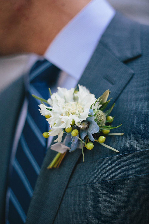 Copy of Summer Garden Wedding: Boutonniere