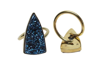TRIANGULAR DRUZY RING