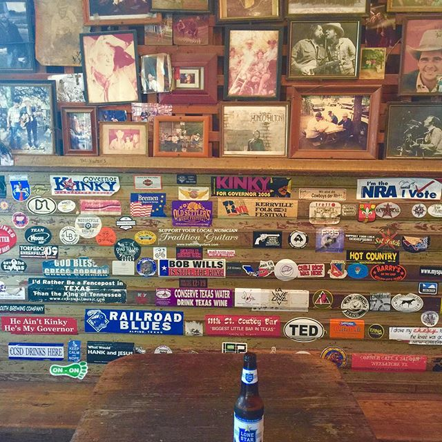 April shows in Texas. Taking a Texas break in wine country. Cutest cowboy bar for a beer break.  #mimidesignstv . www.mimidesigns.tv Mimi@mimidesigns.tv.  #texasartshows #daydrinking #weekendgetaway #travelingartist