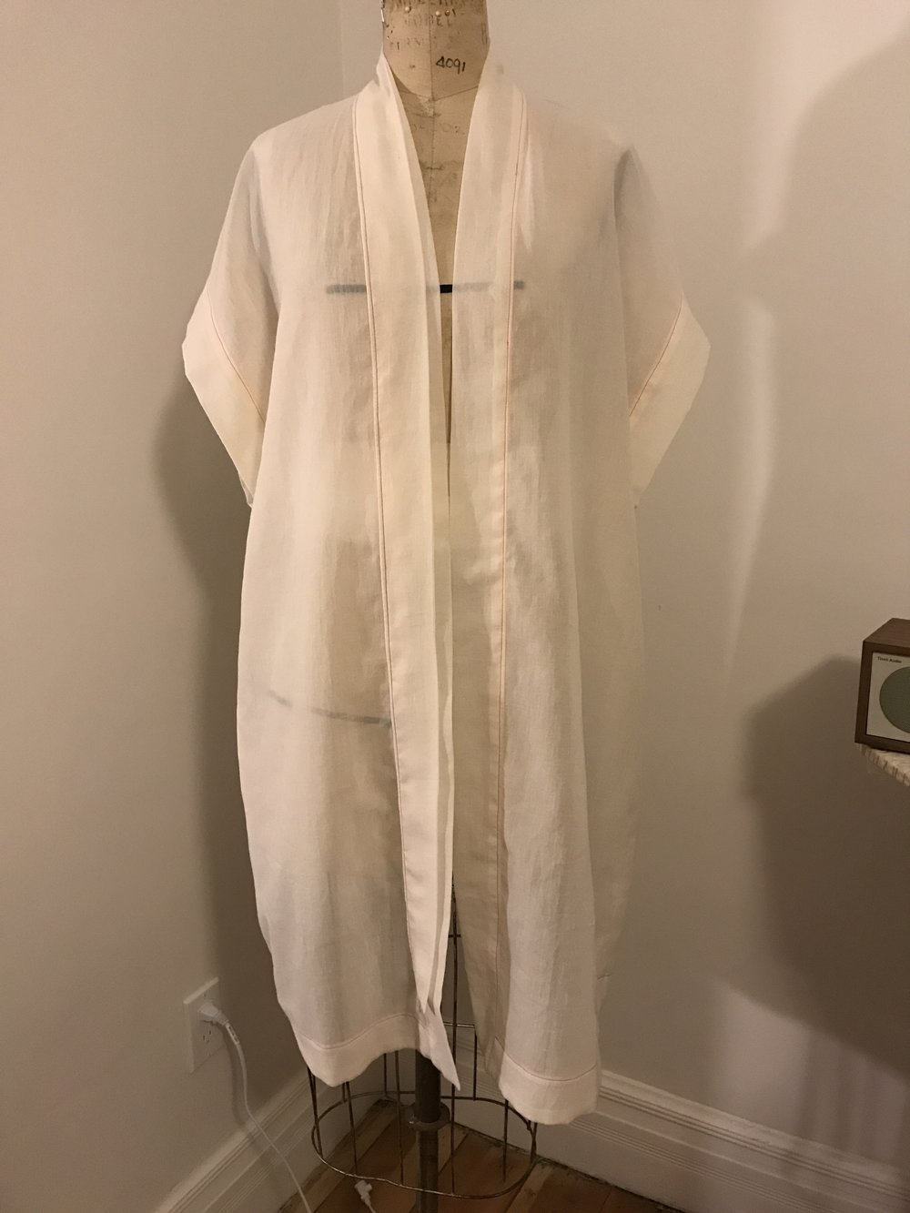 A kimono test proto: pattern drafting and garment construction