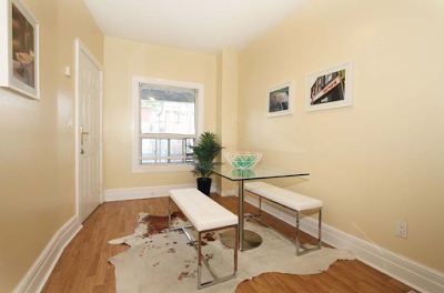 82 Carlaw Ave 3.png