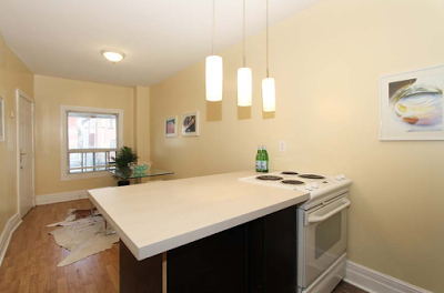 82 Carlaw Ave 6.png
