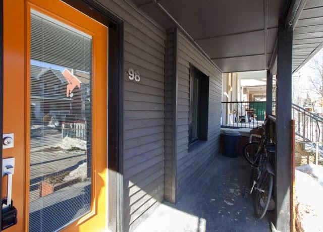 98 Edwin Ave 3.jpg