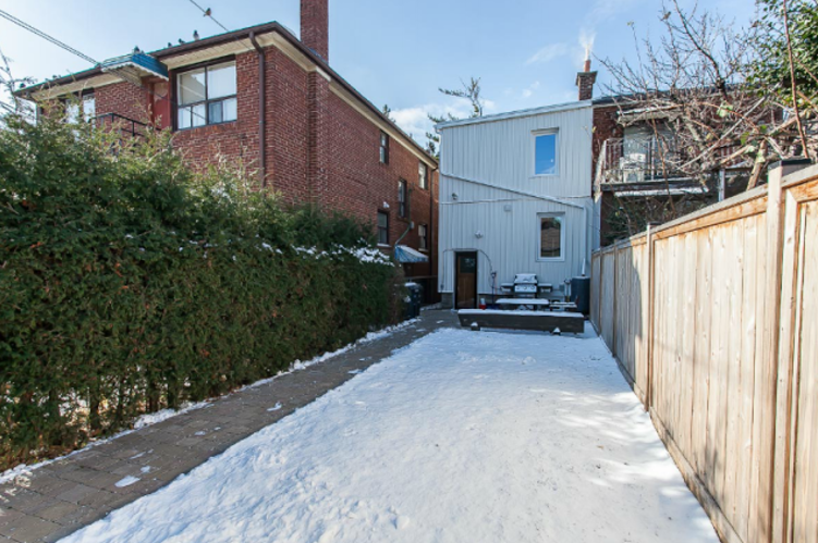 565 Palmerston Ave 6.png