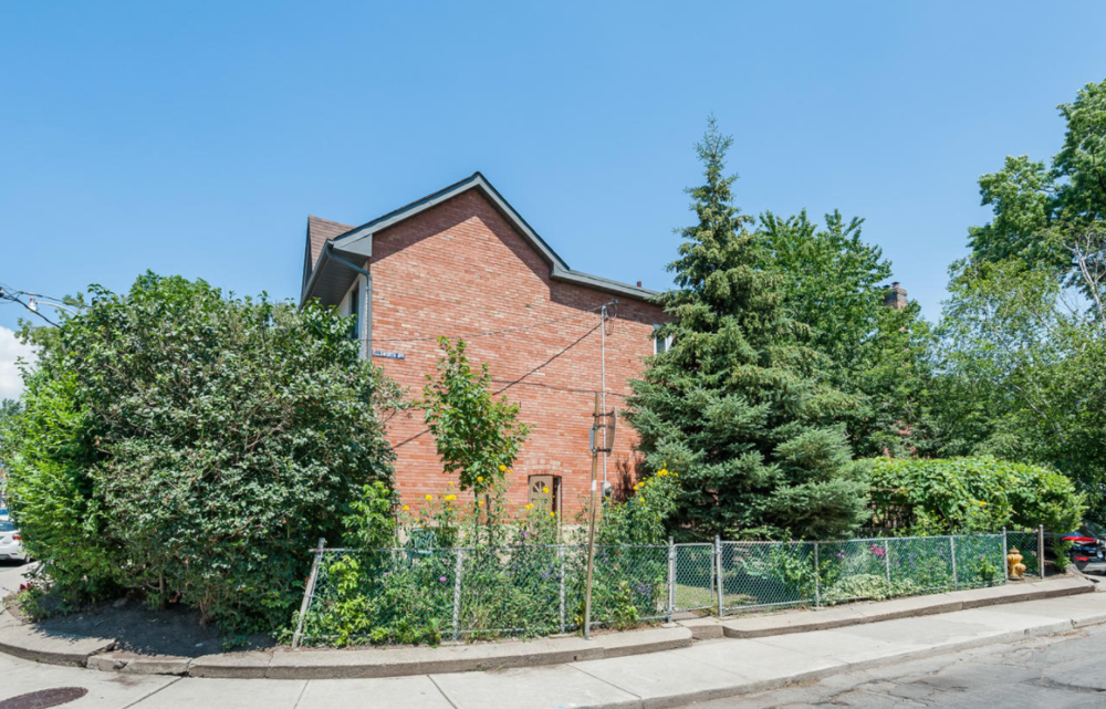 129 Wychwood Ave 22.png