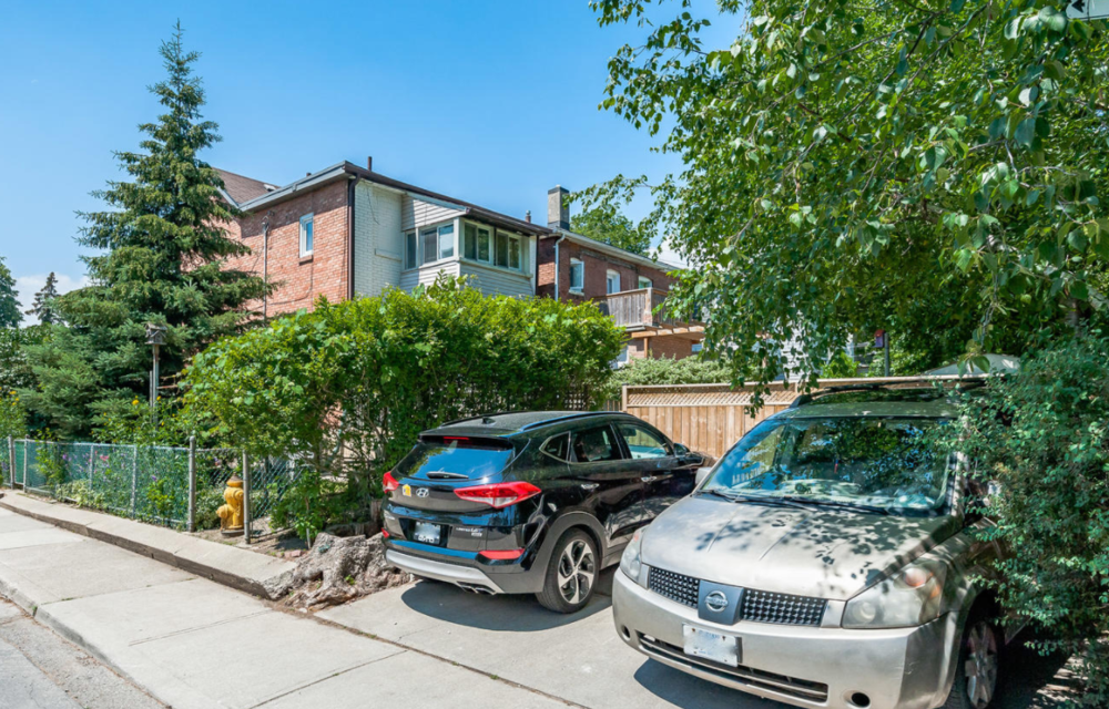 129 Wychwood Ave 23.png